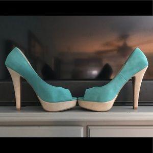 Size 8 Elle peep toe heels